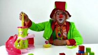 Funny clown videos for kids. Emil the clown and the slide